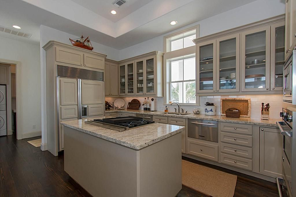Kitchen Islands With Gas Stoves Google Search Kitchen Redesign Kitchen Remodel Kitchen Design