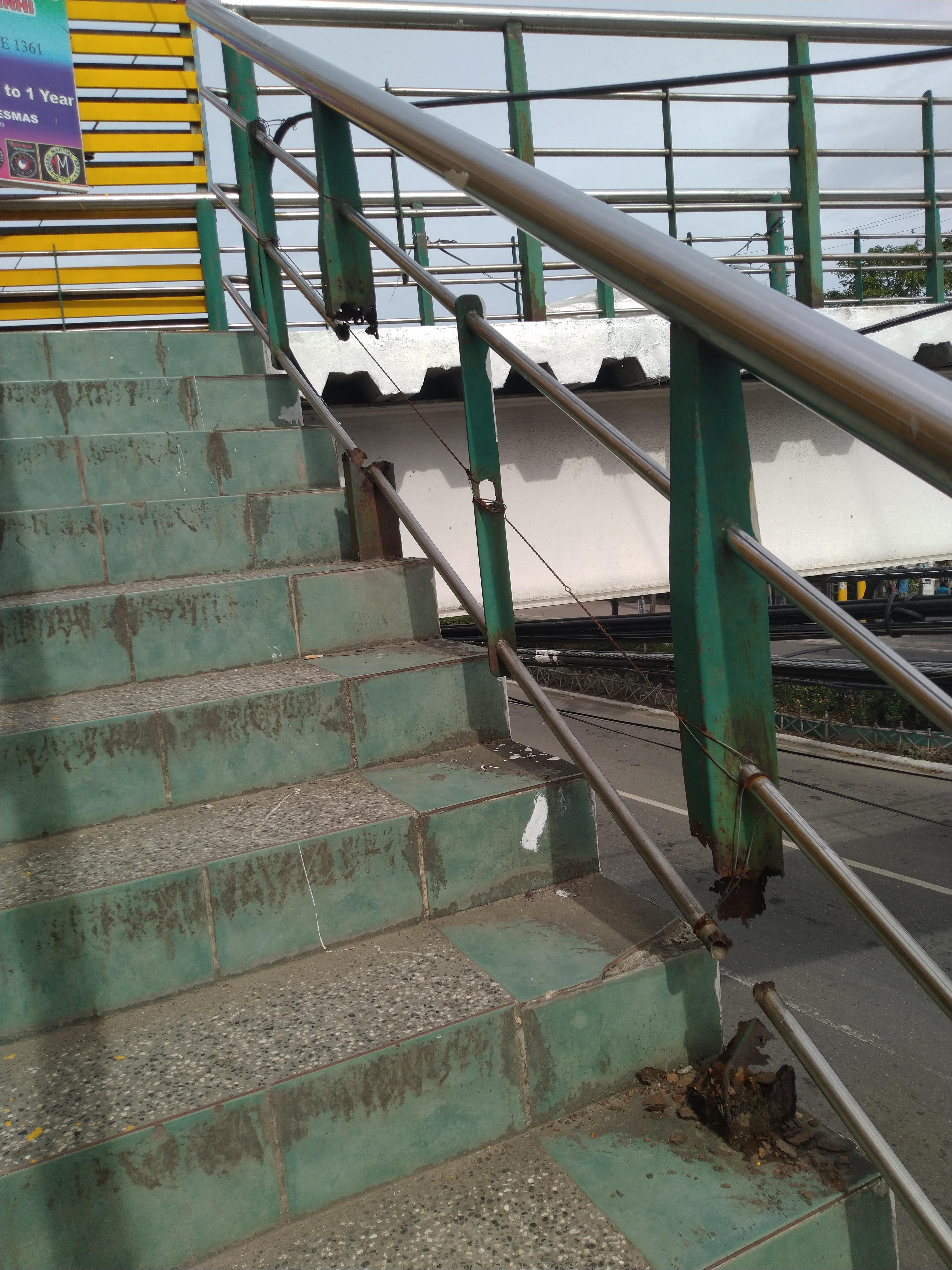 Best Trustworthy Hand Rail Forklift Osha Forkliftlicense 400 x 300