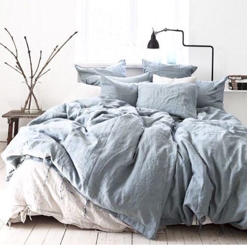 Des draps qui ressemblent à un ciel de nuages | bedroom
