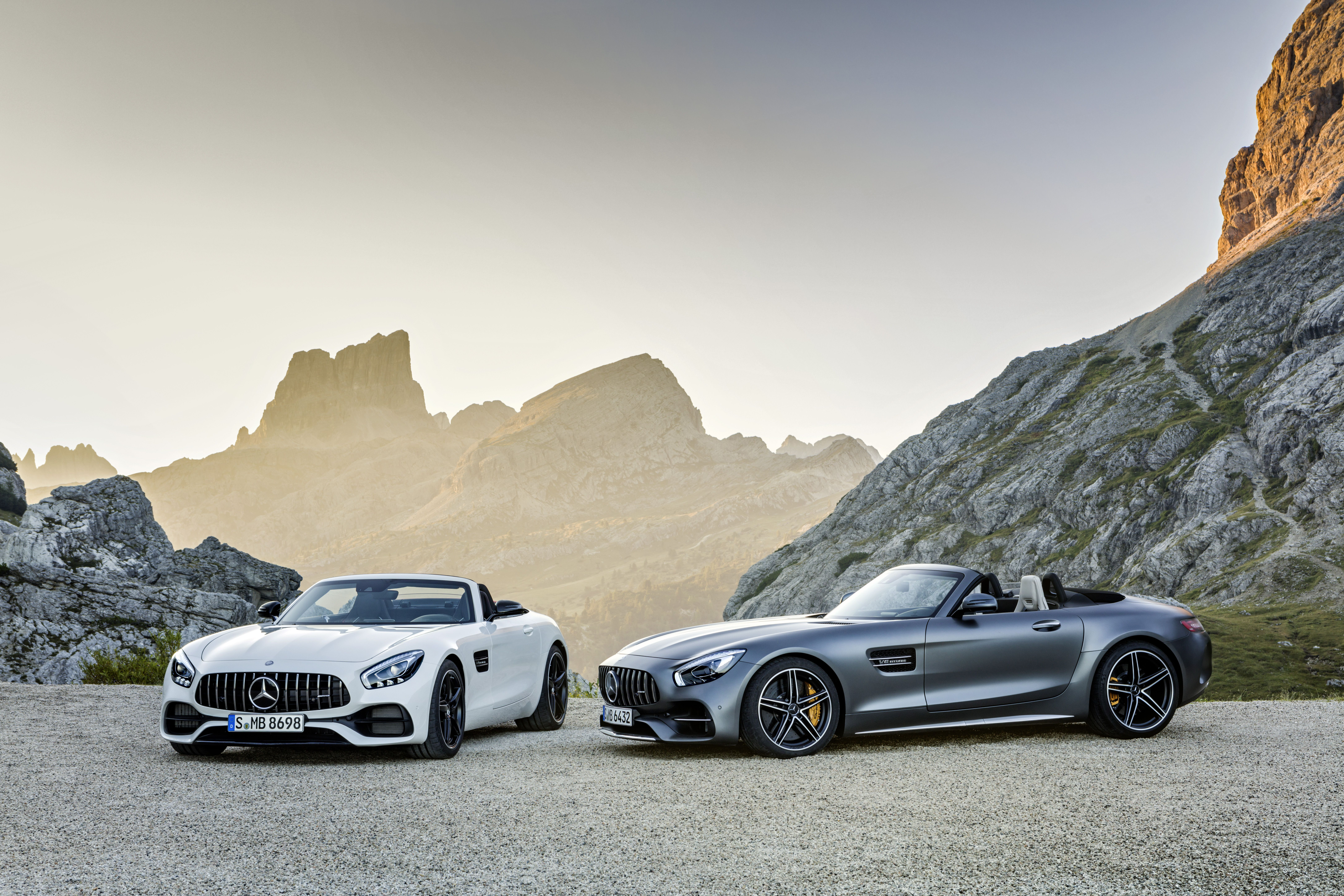 Motor N The New Mercedes Amg Gt Roadster And Mercedes Amg Gt C