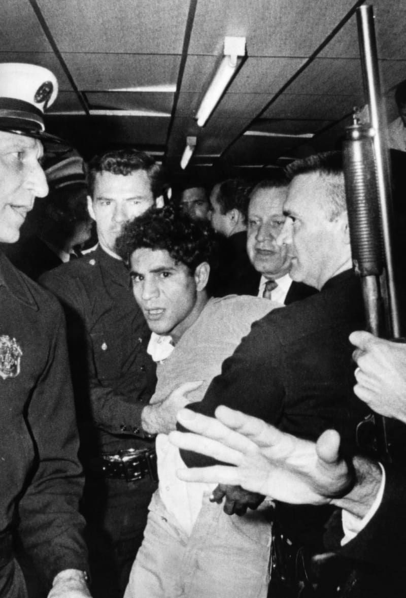 17 Haunting Images That Capture Rfk S Assassination Robert Kennedy Assassination Robert Kennedy Assassin