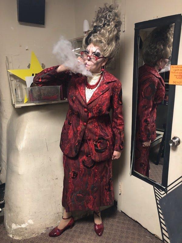 Beetlejuice Scream Queen Jill Abramovitz Talks Juno Maxine William Ivey Long S Costume Magic Her Dream Come True Character Track Beetlejuice Beetlejuice Costume Beetlejuice Characters