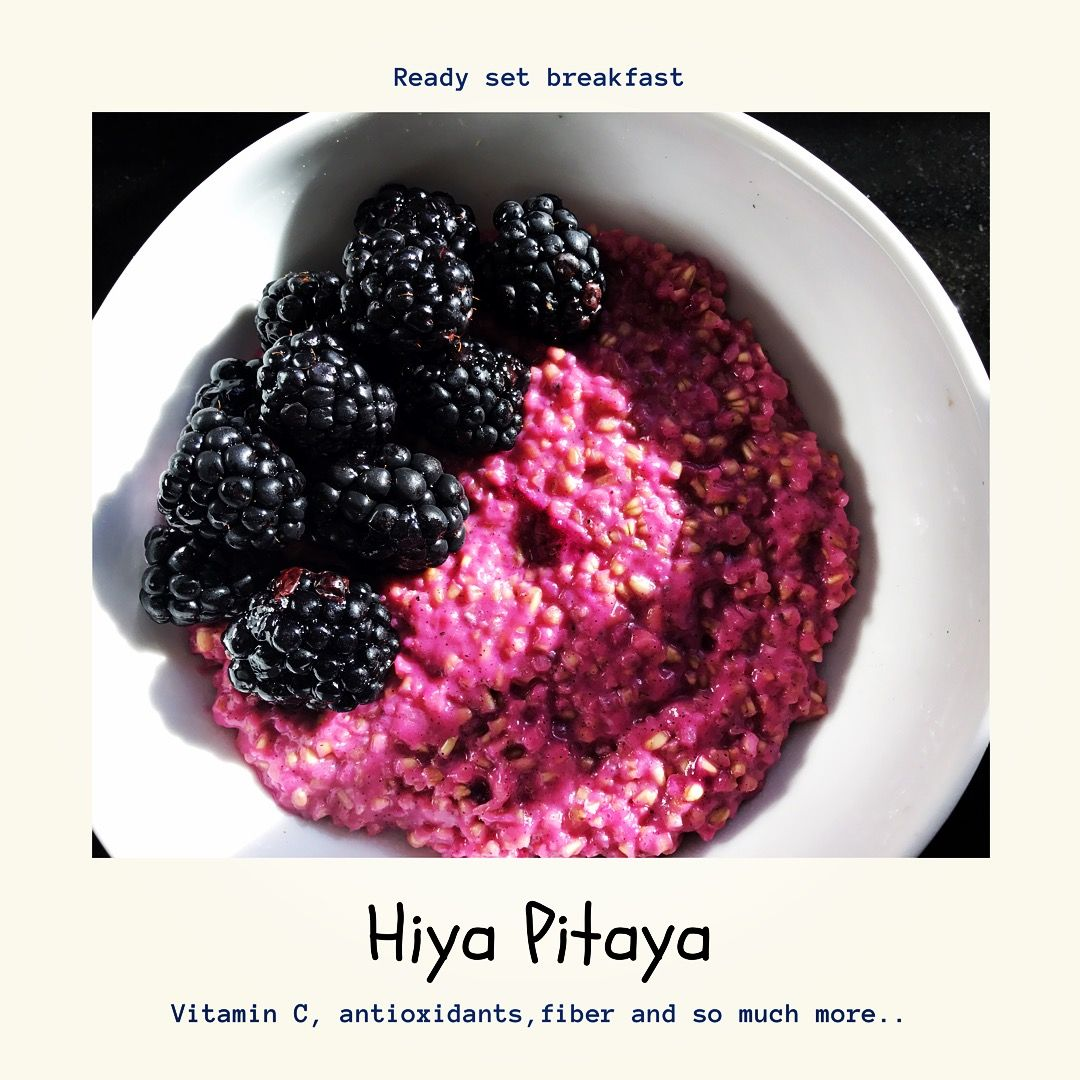 Pitaya infused oats with blackberries
