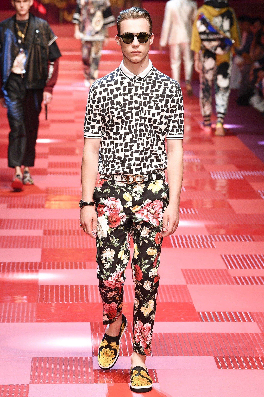 122c1d7c7459 Dolce & Gabbana Spring 2018 Menswear Fashion Show | M.RTW. Spring ...