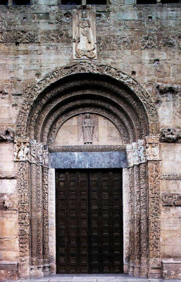 Pavia - Basilica di San Michele Maggiore, XII d.C.