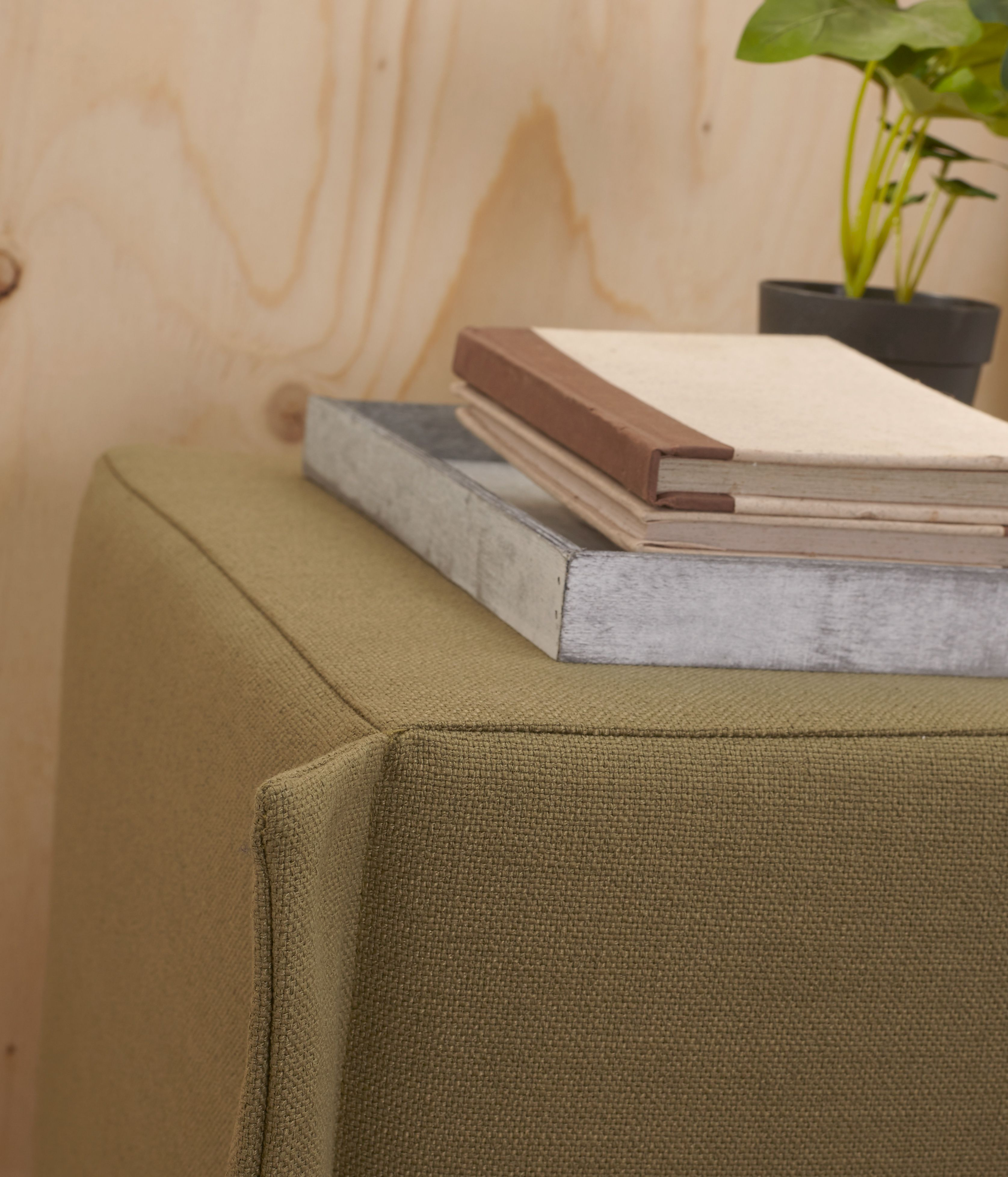 Hocker Cushion - Slaapkamer Zuiver | Pinterest - Ledikant, Producten ...