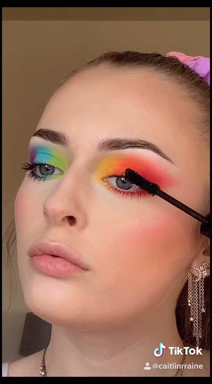 Easy Rainbow Glam By Caitlinrraine On Ig Tiktok Rainbow Makeup Face Make Up Rainbowmakeupfacemakeup Si Rainbow Makeup Rainbow Eye Makeup Colorful Makeup