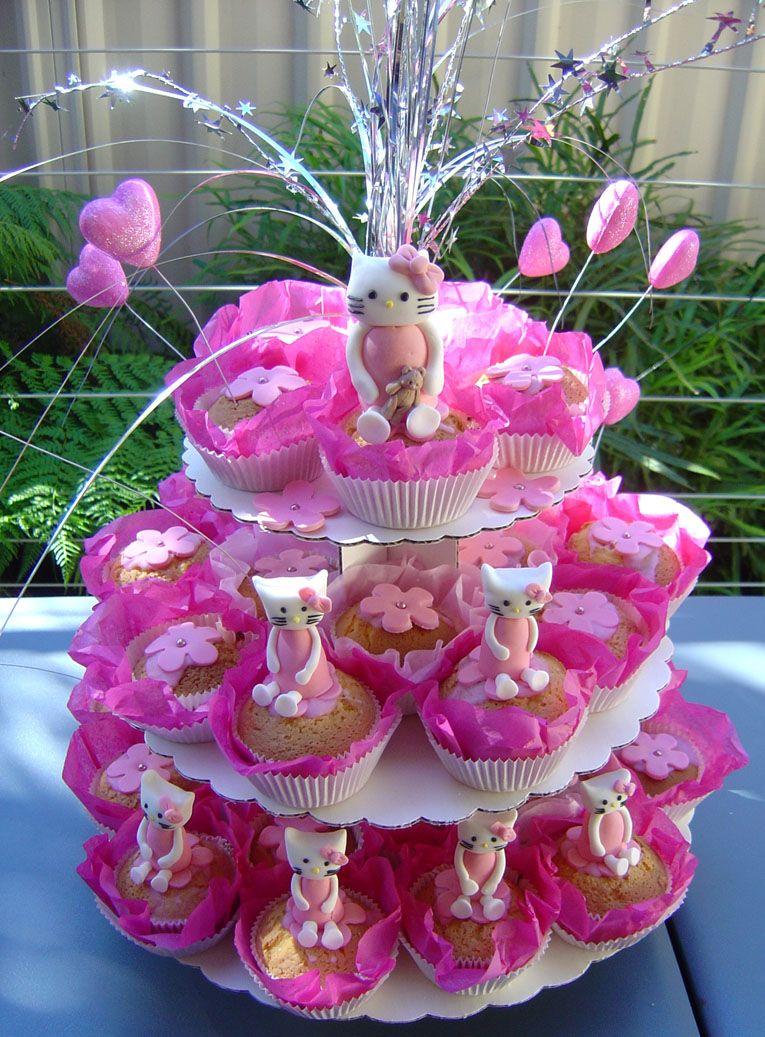 CakeIdeas 30 Cute Hello Kitty Cake Ideas and Designs Echomonco