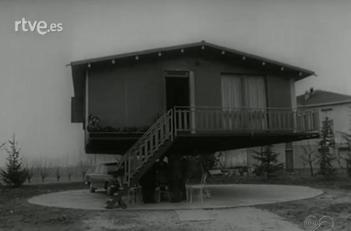 1964 - Casa giratoria, para orientarla en función del sol.