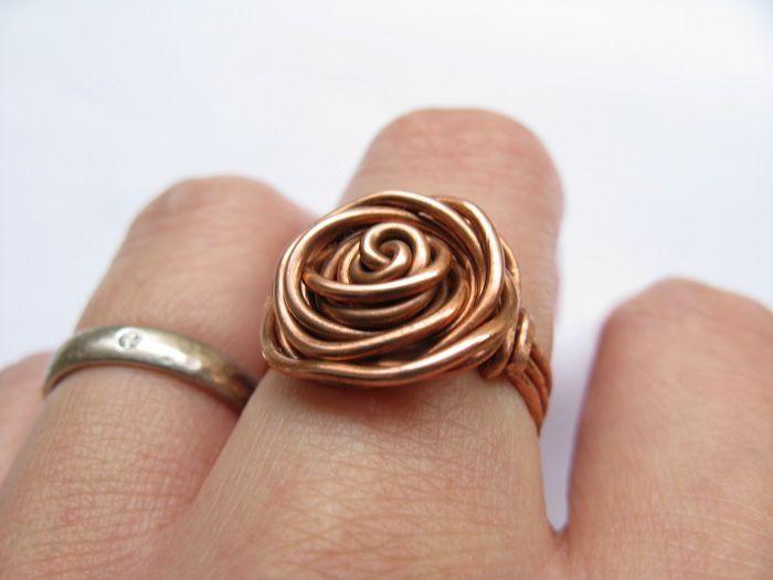 8128b5927038 bisutería con alambre anillo de cobre …