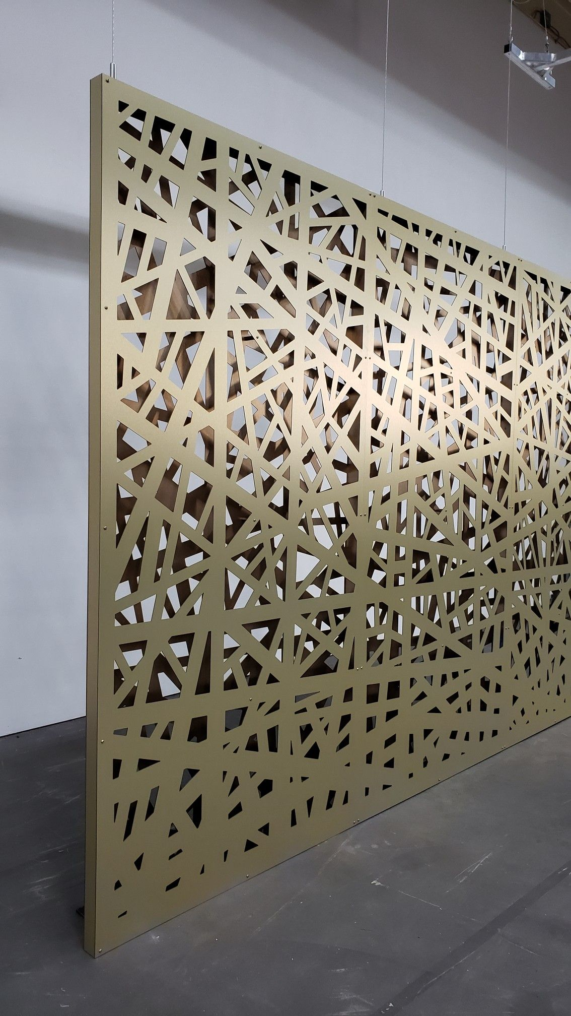 Decorative Screen Wall Double Layer Aluminum Composite Panels In Gold And Bronze With 2 Frames Floor To Ceili Lobby Design Screen Design Decorative Screens
