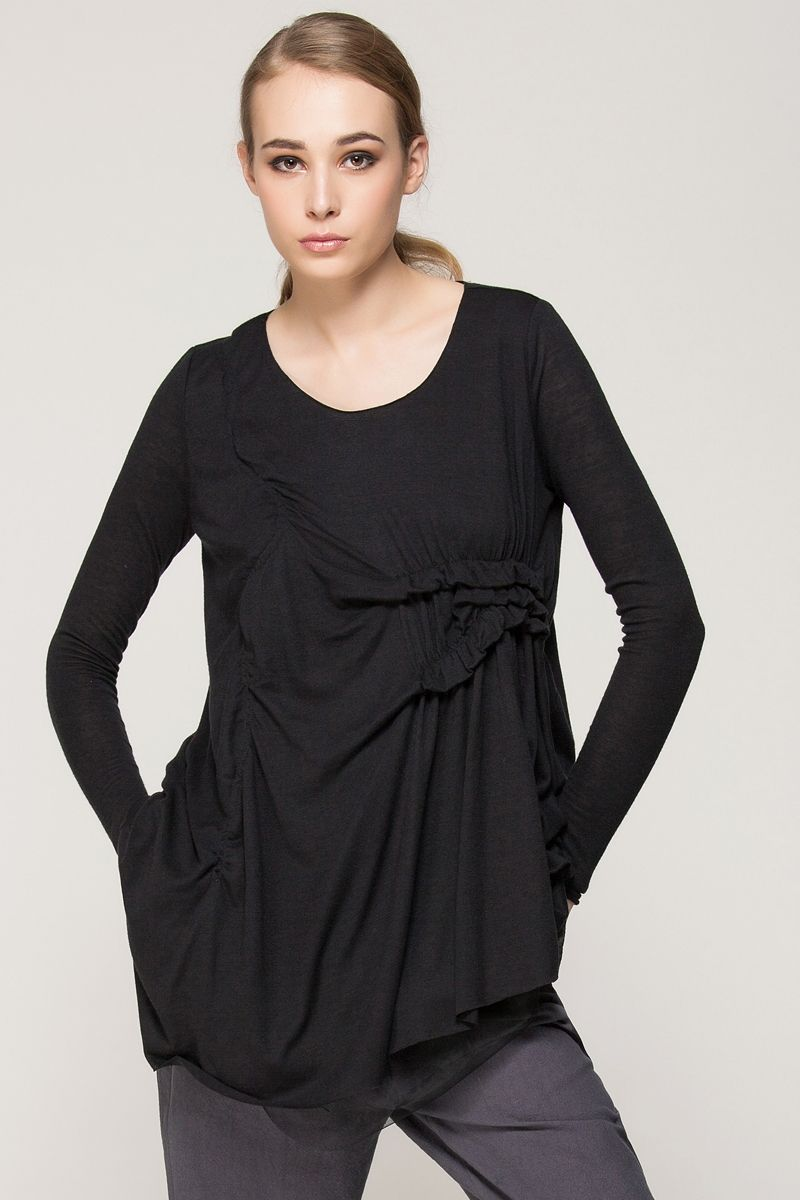 Chic AND Comfy! Love the Draping and the Design! Black Asymmetric Top with Contrast Hem #Chic #Stylish #Black #Draped #Couture #Style #Fashion