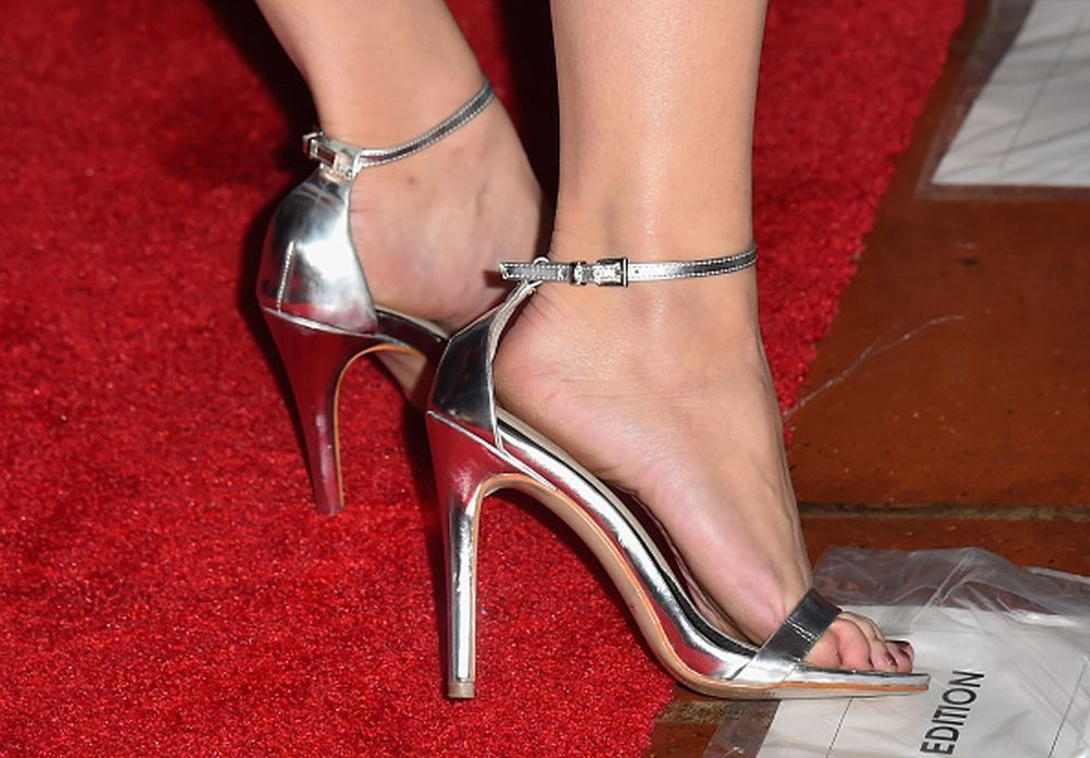 Kelli Garner S Feet Wikifeet Kelli Garner Stiletto Heels Heels