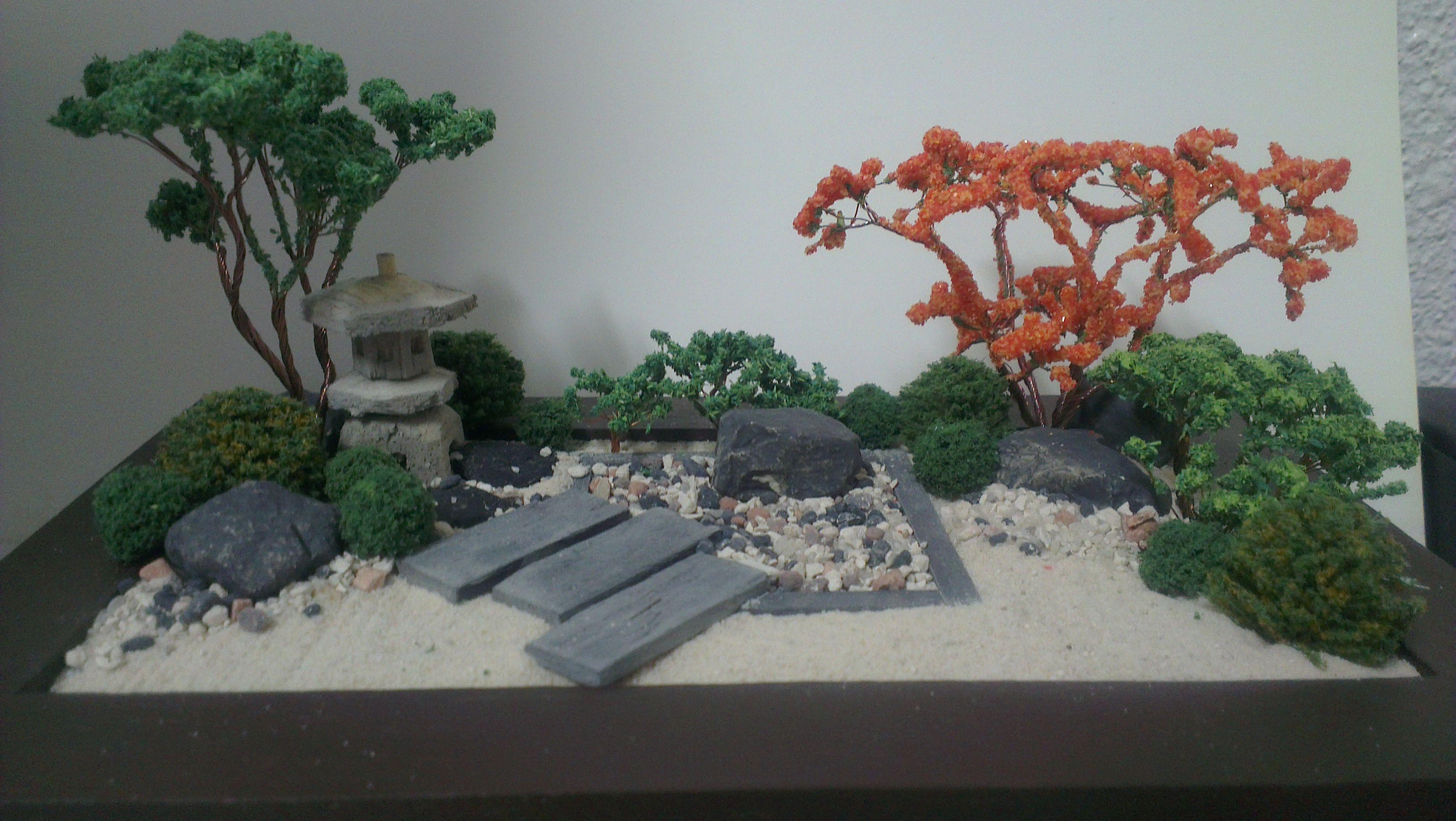 wallzart miniature zen garden miniature zen garden. Black Bedroom Furniture Sets. Home Design Ideas