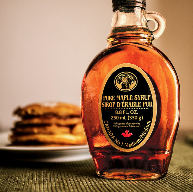 Cinnamon Vanilla Infused Maple Syrup In 2020 Organic Maple Syrup Cinnamon Vanilla Syrup
