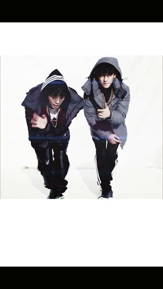 The two rappers of IKON B.I & BOBBY on HIGH CUT