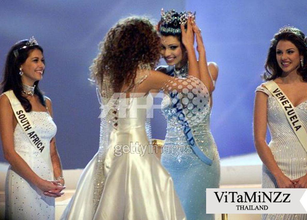 Miss World 1999 - Yukta Mookhey, India  1ra Finalista Miss Venezuela y 2da Finalista Miss Surafrica  Sonia Raciti quien anteriormente había participado en Miss Universe 1998 en Trinidad & Tobago