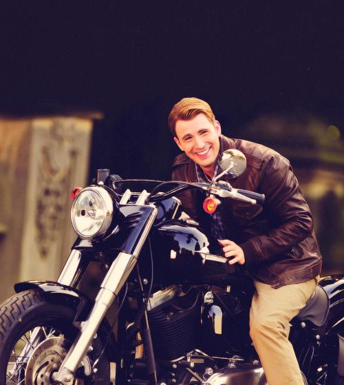 Chris Evans (★)