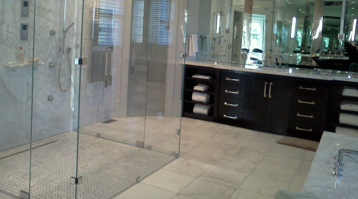 White-Marble-Bathroom-Atlanta-Georgia White marble bathroom in Atlanta, GA. By Miami Circle Marble & Fabrication. Love how the white marble contrasts with dark cabinets.