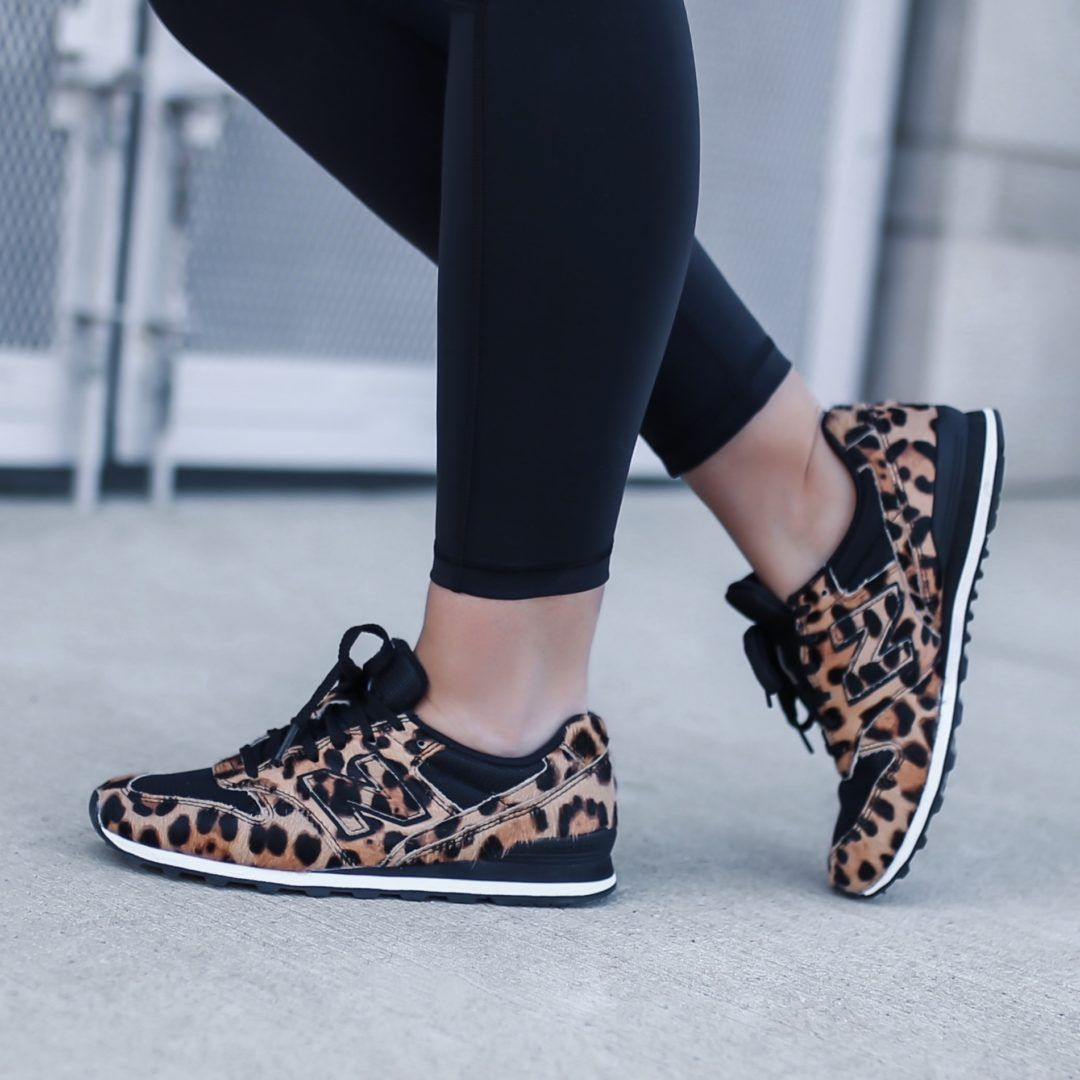 Servicio Disparidad Espolvorear  New Balance X J.Crew 996 Leopard Sneakers - The House of Sequins in 2020 |  Print shoes outfit, Leopard print sneakers, Animal print shoes outfit