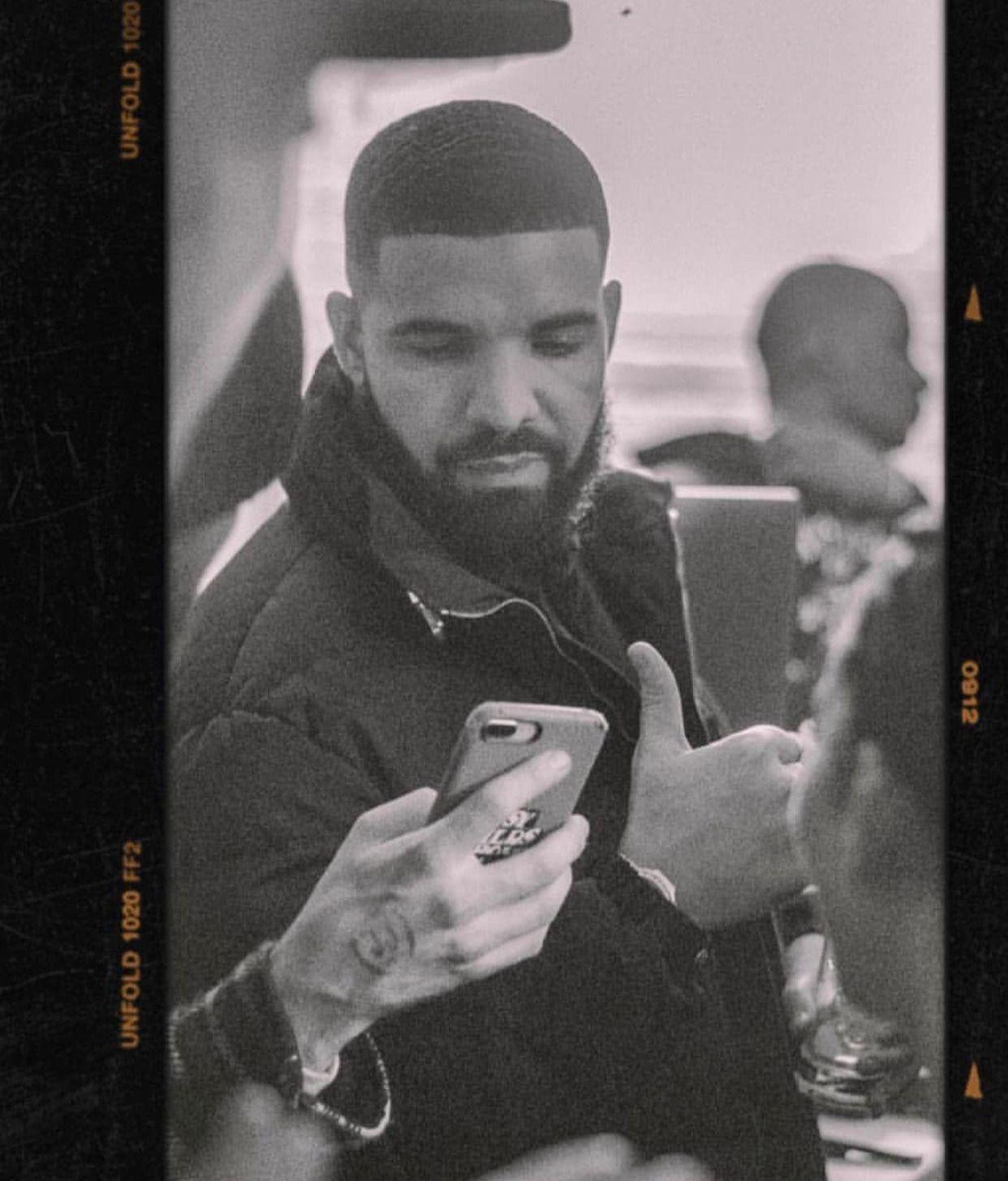 Drake Drizzy Drake Drizzy Rihanna And Drake Drake Wallpapers