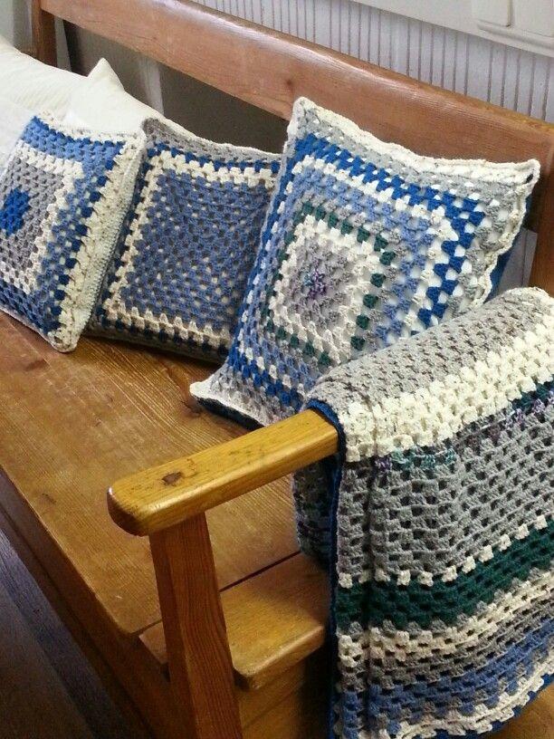 Kissen und Decke gehäkelt, granny square, diy crochet