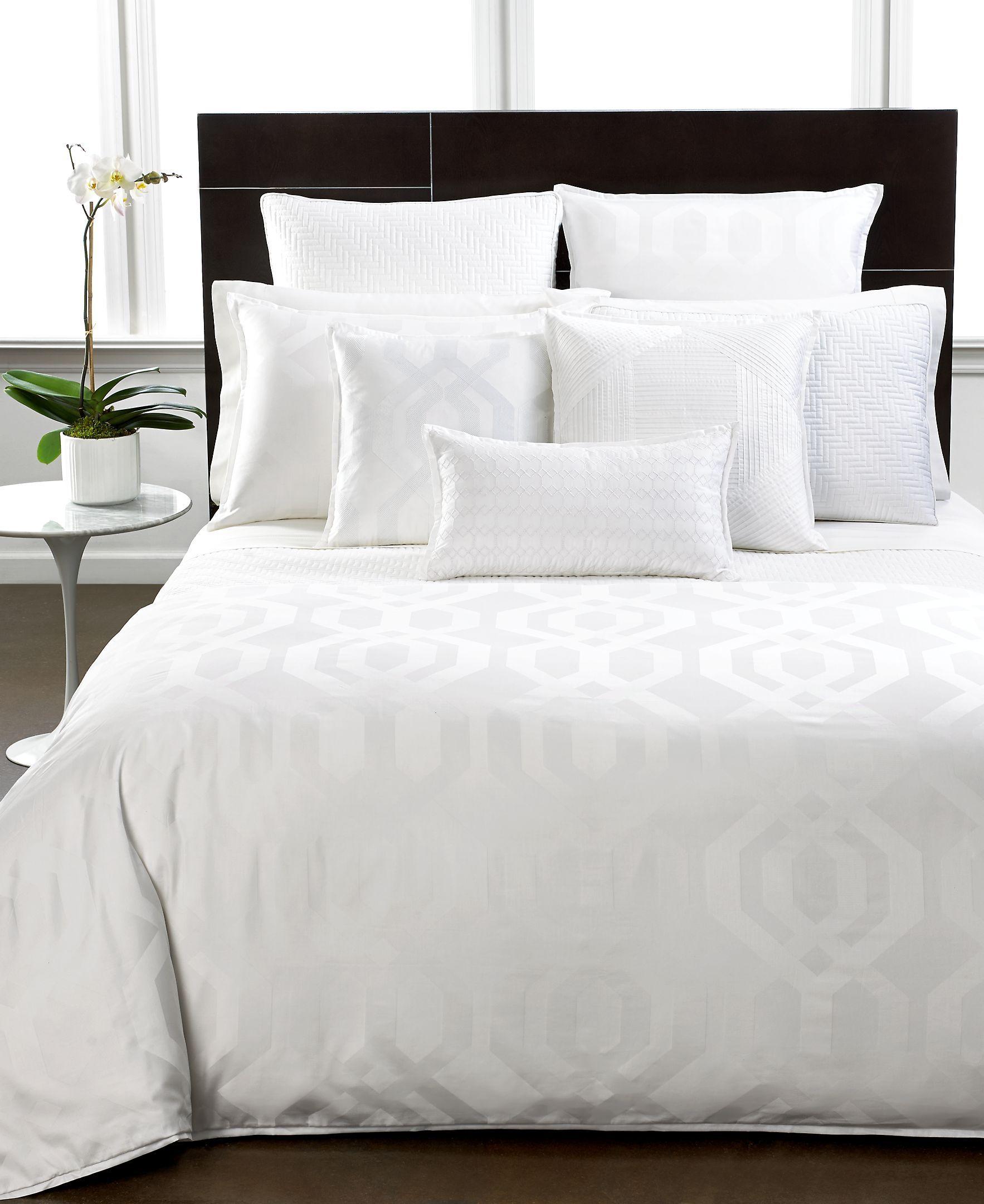 Closeout Hotel Collection Modern Hexagon White European Sham