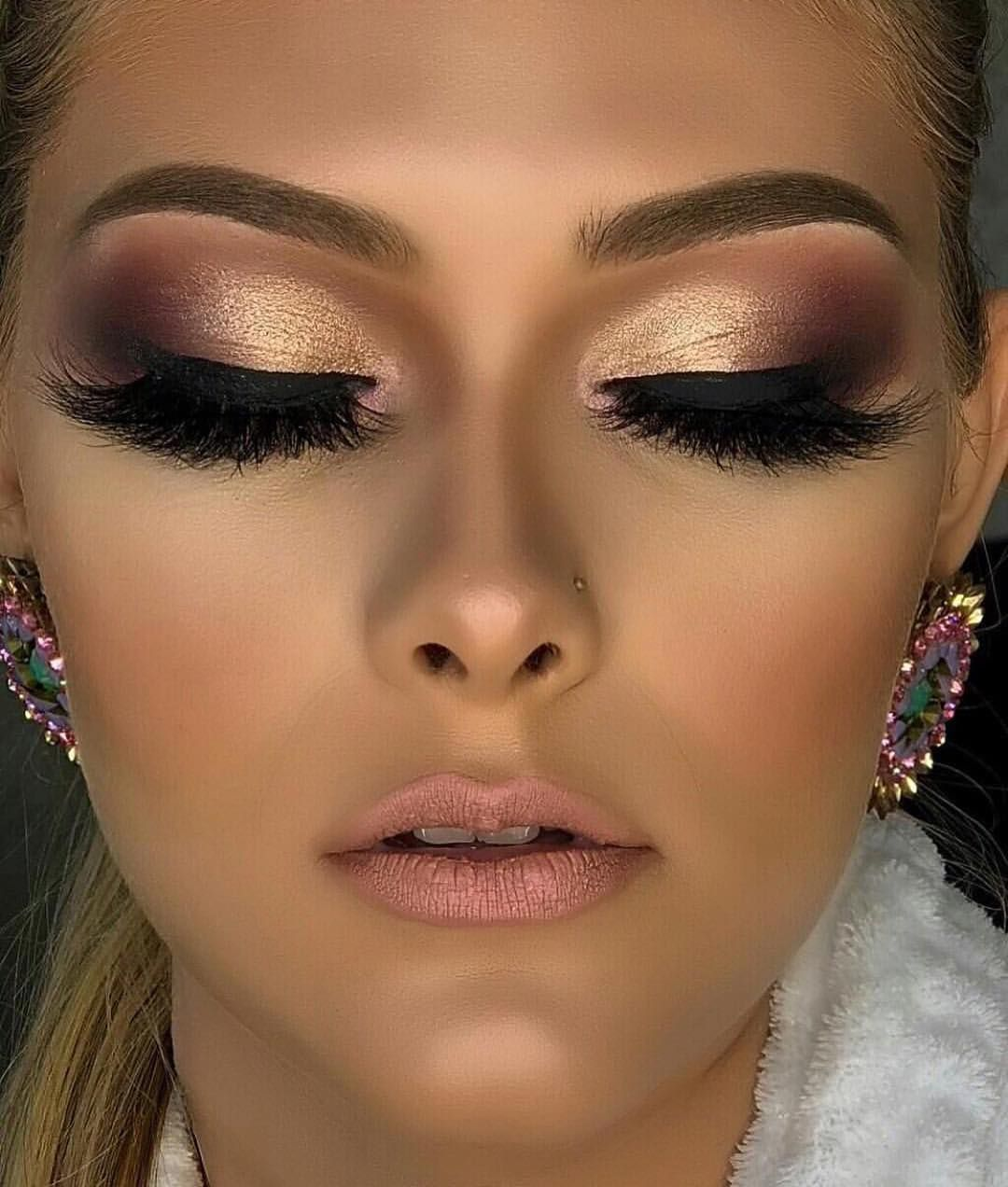 """Photo of N'vei Mi Beauti GLAMOGRAM on Instagram: """"Make Up💄& S L Á Y🔪Repeat🔁  I S S A 💋B E A U T Í💋 G L A M Beautí Feature Glam Beauty Shot • ••••• 🌹Please Follow @nveimibeauti for more…"""""""