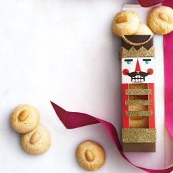 Easy DIY nutcracker cookie box