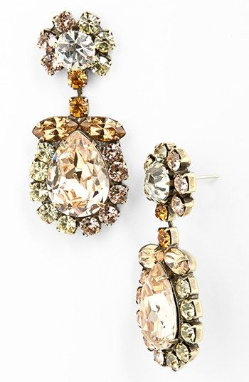gorgeous brass and peach crystal earrings  http://rstyle.me/n/ff8expdpe
