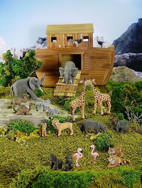 Custom Carved Miniature Noah S Ark Scene Noahs Ark Miniatures Custom Carved