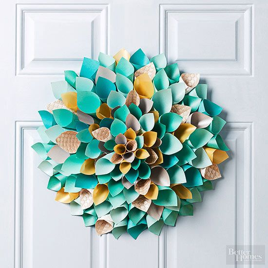 33 Gorgeous Front Door Decorations To Make For Easter