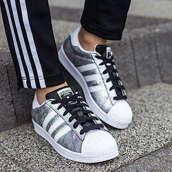 Stylizacje Z Adidas Superstar Do Czego Nosic Popularne Sneakersy Adidas Superstar Adidas Sneakers Adidas Superstar Sneaker