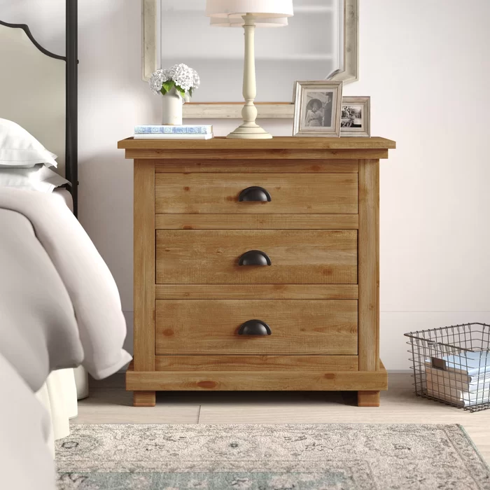 Weathered Gray Castagnier 3 Drawer Bachelor's Chest in