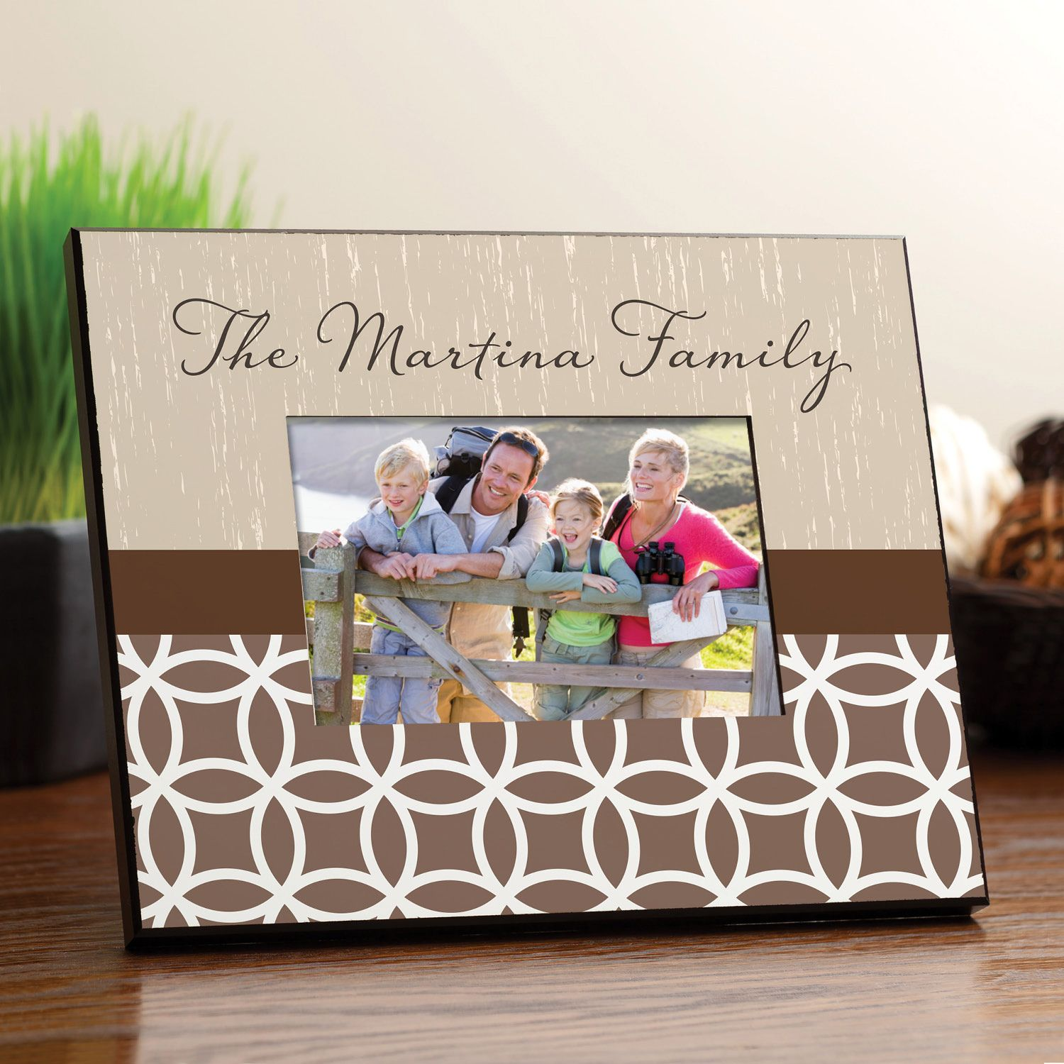 Celebrate your family in style with this unique frame
