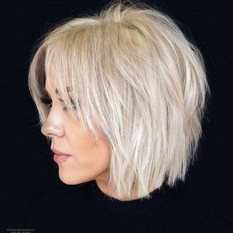 40 The Best Medium Hairstyles For Women Over 40 With Thin Hair Bobs For Thin Hair Choppy Bob Hairstyles Short Hair Styles For Round Faces