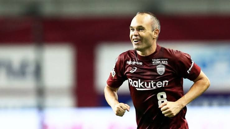 Top 5 Best Veterans In Football 2019 With Images Iniesta Top