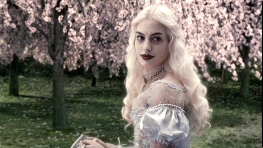 Anne Hathaway as the White Queen in Alice in Wonderland. (2010)