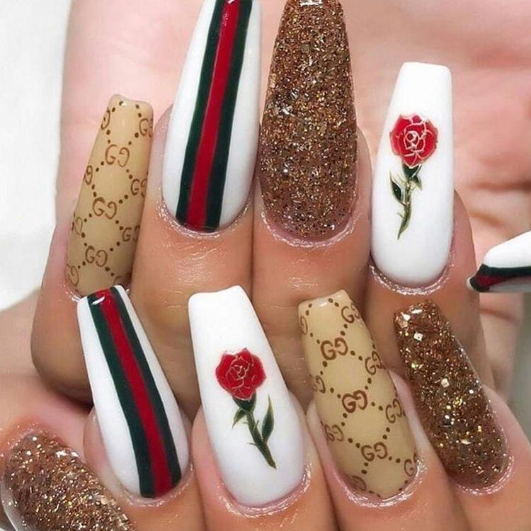 Gucci Nails Shiny Nails Designs White Acrylic Nails Rhinestone Nails