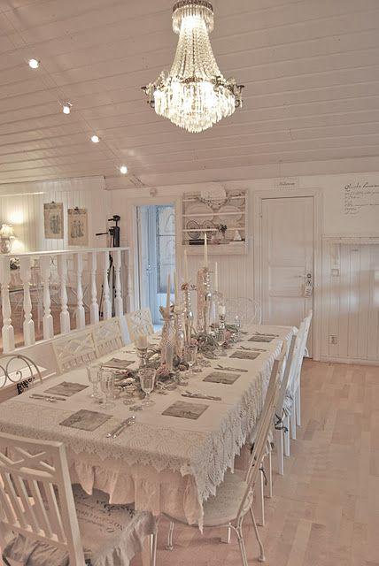 Lovely White Washed Dining Room Set