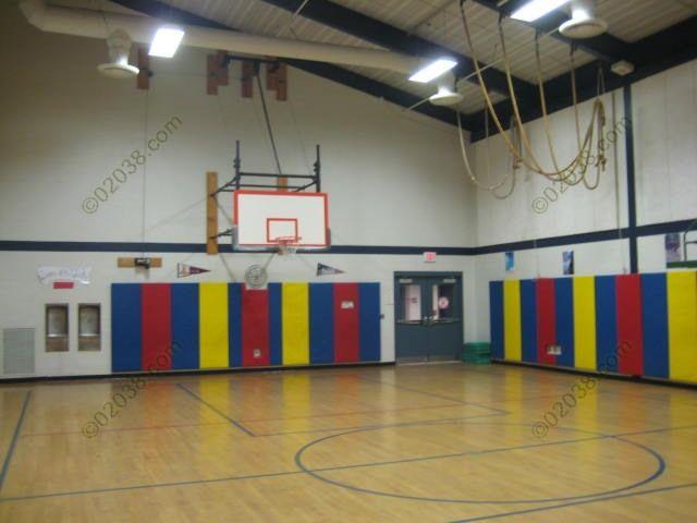 Jefferson Elementary School Franklin Ma Gym 1 Jpg 640 480 Elementary Schools Elementary Spelling Bee