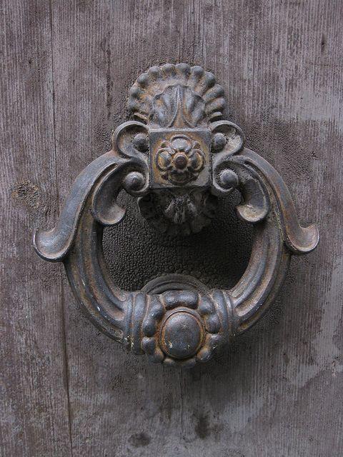 San Gimignano Detail Picaportes Aldabas Cerraduras Antiguas
