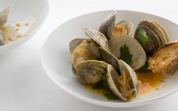Grilled Clams: Diary of a Foodie : gourmet.com