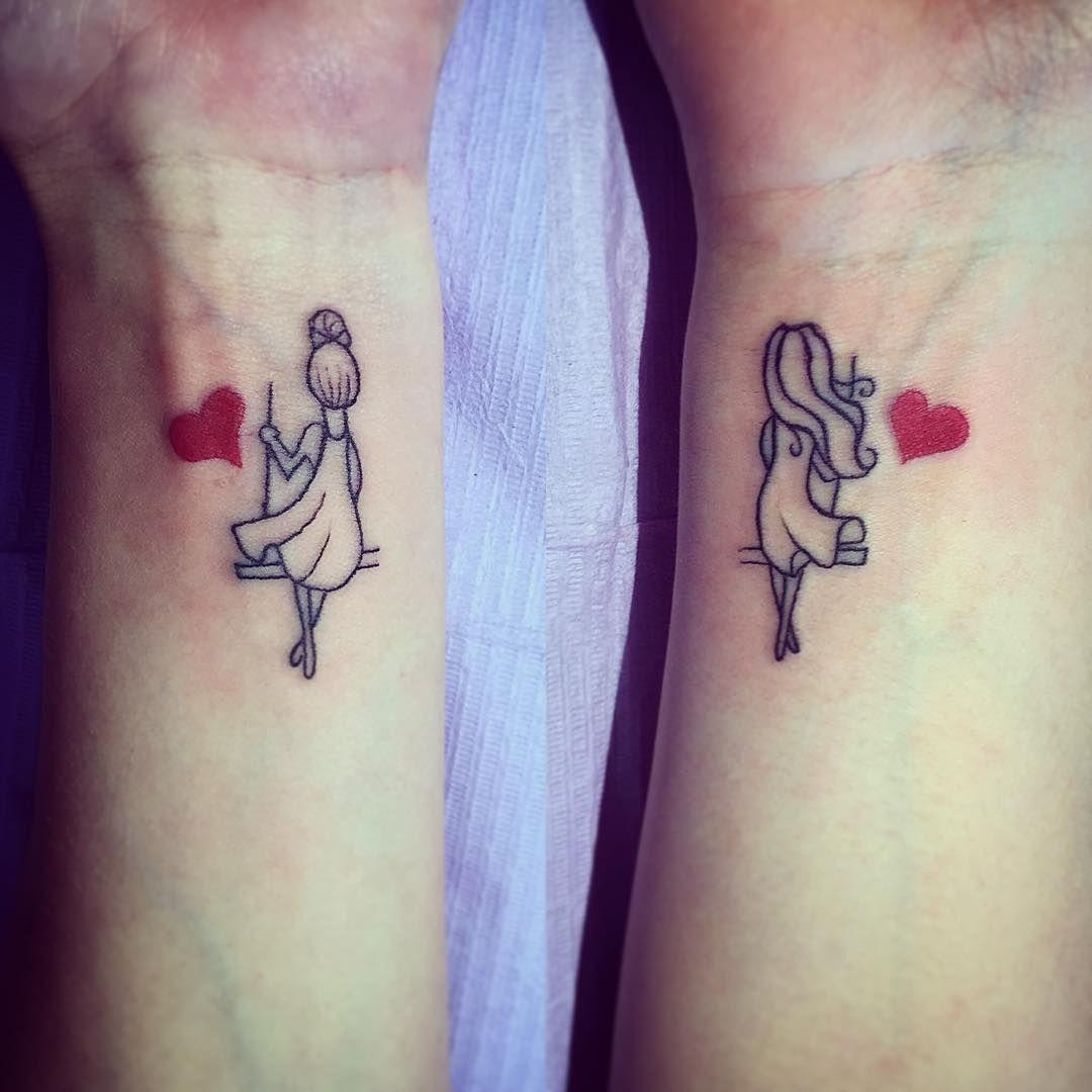 La amistad es lo más hermoso y estos 13 tatuajes para compartir con tu BFF  les darán FUERZA para salir juntas… | 13 tatuajes, Tatuajes de amistad,  Hermosos tatuajes
