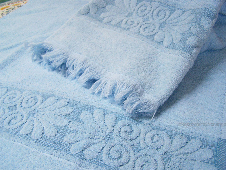 Set Of 2 Vintage 1980s Cannon Cotton Blend Towels 2 Blue Bath