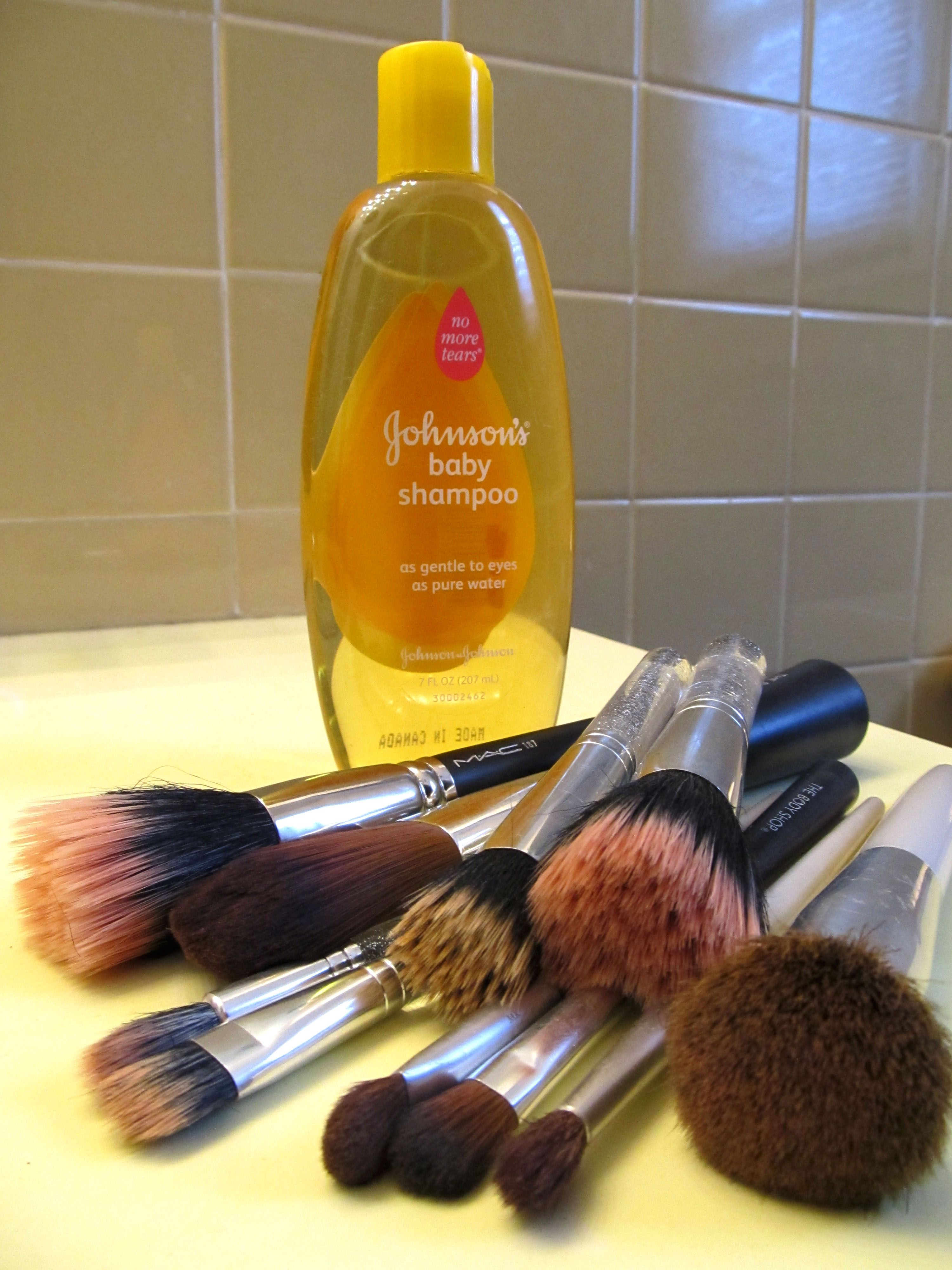 Baby shampoo for deep cleaning your makeup brushes (With