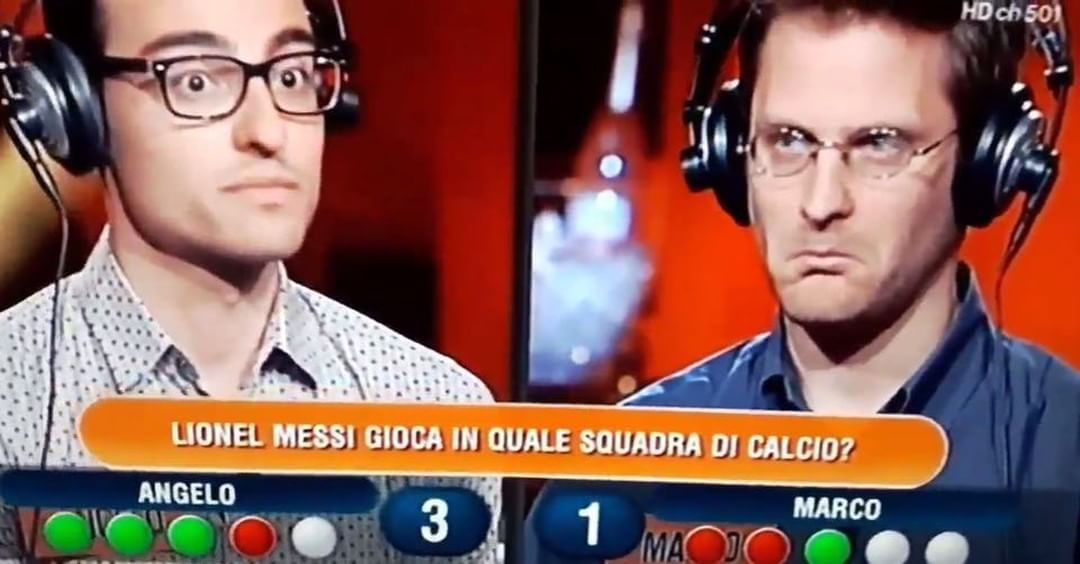 "Calciatori Ignoranti (@calciatoriignoranti) su Instagram: """"A posto così, ultra competitivi."" - via @anfameee (Twitter)"""