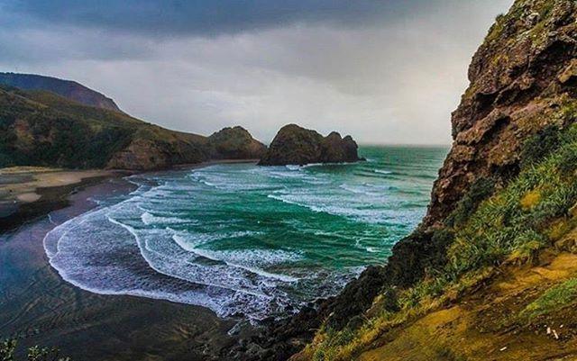 Spectacular colours at Piha, NZ@petiteloudy @visitauckland