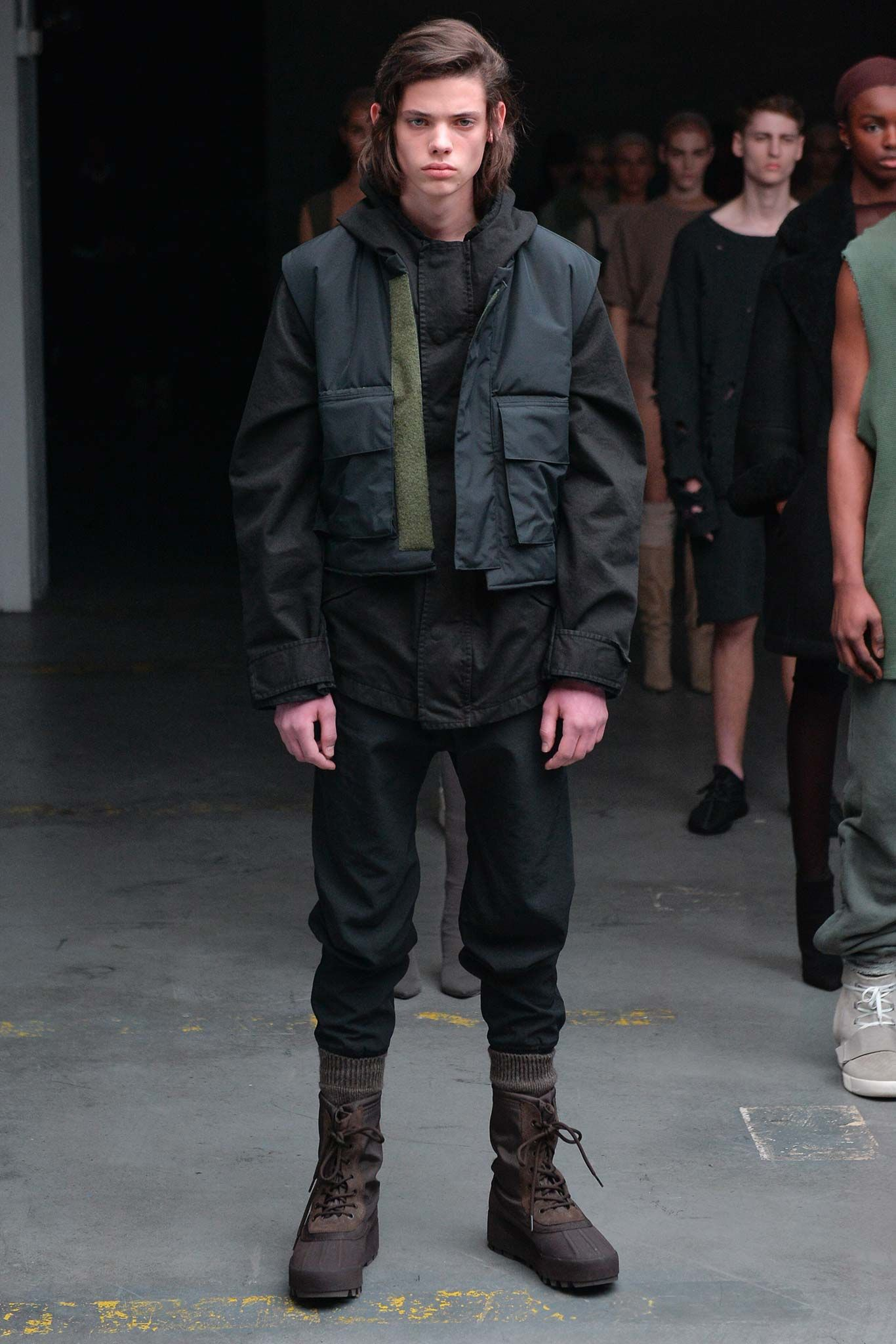 differently 22490 2fc47 Otoño Invierno 2015 · Ropa Para Hombre · Kanye West x Adidas Originals Fall  2015 Ready-to-Wear - Collection - Gallery