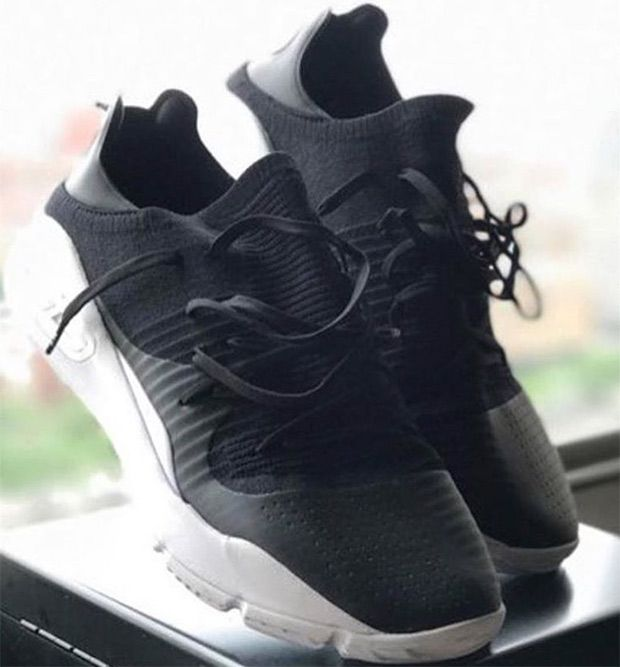 Ua Curry 4 Low First Look Zapatos